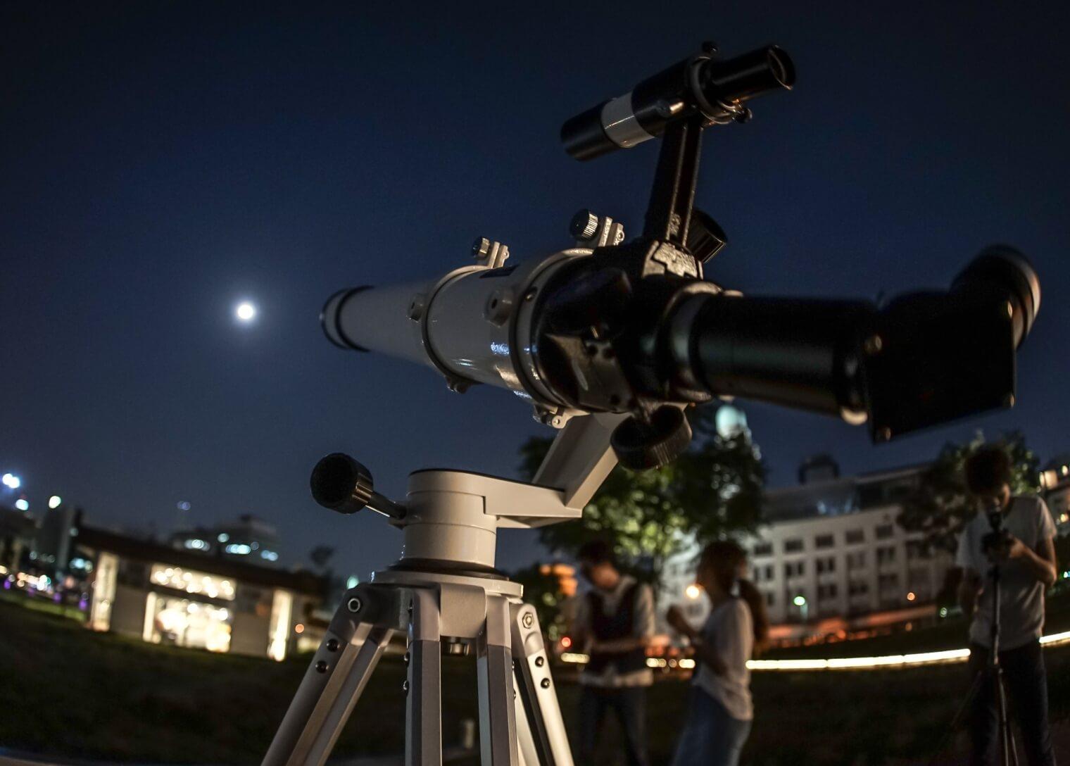 天体望遠鏡の正しい収納方法や、適切な保管方法ご説明していきます!