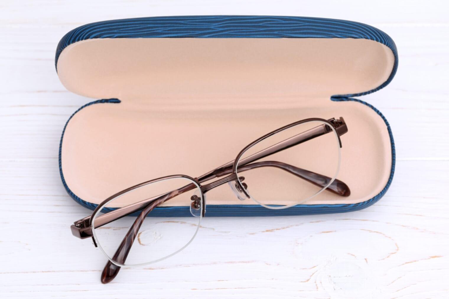 メガネ収納をおしゃれにするびっくりアイデアを紹介します!
