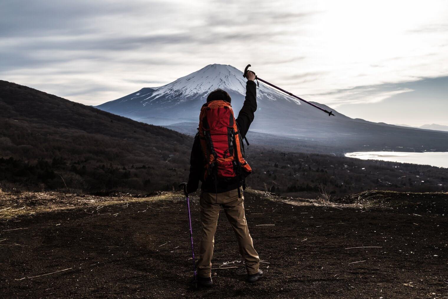 登山ザックの保管は吊るすだけではNG?ザックのお手入れ方法とは