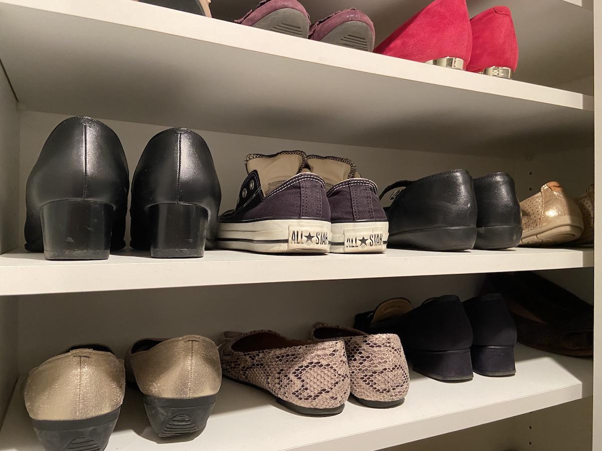 狭い玄関をスッキリさせよう!賢い靴の処分方法