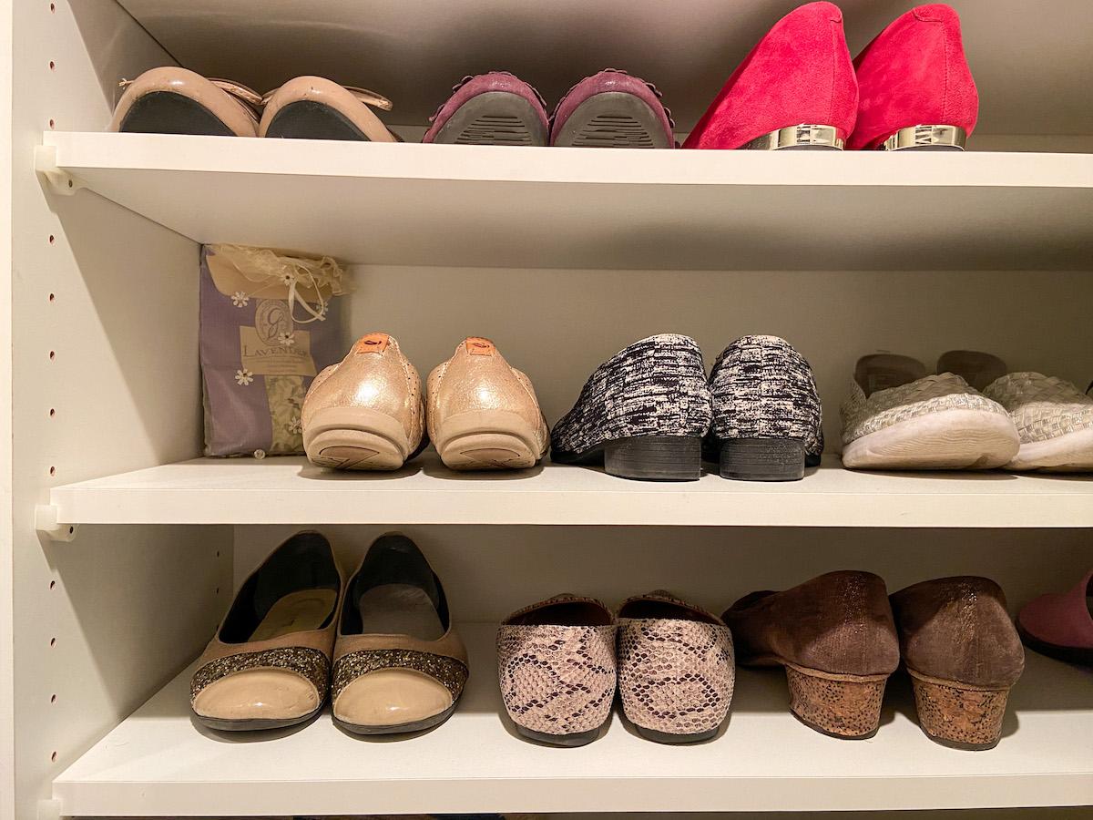 靴収納を見直せば狭い玄関スペースもスッキリ見える!