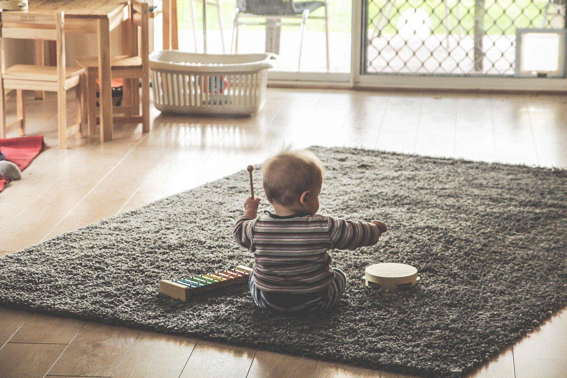 子どもが片付けるようになる!? 使いやすいおもちゃの収納とは