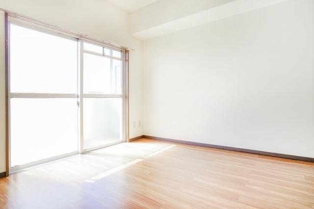 大学生の一人暮らしで必要な家具は?【学生4年間の一人暮らし経験者が解説】